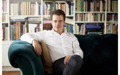 "Jakub Hrůša Delivers a ""Golden Age,"" ""Magnificent"" Mahler with the Philharmonia"